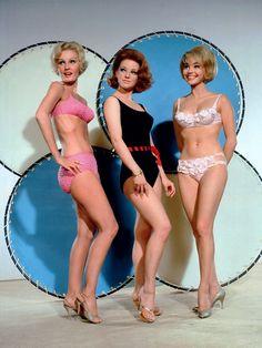 Pamela Curran, Rusty Allen, and Gail Gerber in a publicity still for Boris Sagal's GIRL HAPPY (1965)