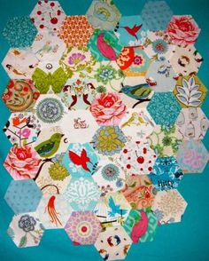 fussy cut hexies... LoveLoveLoveLoveLove!!