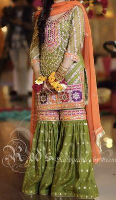 Pakistani Fashion Party Wear, Pakistani Wedding Outfits, Indian Bridal Fashion, Fancy Wedding Dresses, Designer Party Wear Dresses, Simple Pakistani Dresses, Pakistani Dress Design, Mayon Dresses, Pakistani Bridal Lehenga