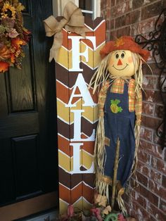 Halloween Porch, Fall Halloween, Fall Crafts For Adults, Porch Signs, Door Signs, Fall Wood Signs, Easy Fall Wreaths, Porch Welcome Sign, Fall Projects
