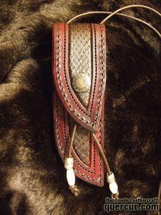 Funda para cuchillo de cuello con piel de cobra