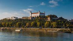 Schiff Wien-Bratislava-Wien Kontinentales Frühstück & Mittagsteller bei Talfahrt. 4-Gang-Wahlmenü. ab € 42,-