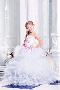 2bbf1478fa8c296 украшение платья: лучшие изображения (46) | Girls dresses, Party ...
