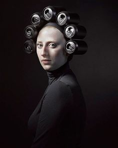Hendrik Kerstens has created a series of anachronistic portraits through which he has immortalized the portrait of women wearing period headdresses and hats. Creative Photography, Fine Art Photography, Portrait Photography, Black Photography, Kreative Portraits, Tableaux Vivants, Photo Portrait, Drag, Photocollage