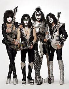 kiss la banda de hard rock tetrico con casi 40 aos de trayectoria