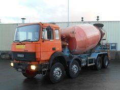 IVECO 300-30 Mixer Liebherr 10m³ V8  https://autoline.info/-/concrete-mixer-trucks/IVECO-300-30-Mixer-Liebherr-10m-V8-Good-Condition--17120819350583810700