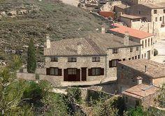 Ideas de #Casas de #Exterior, estilo #Rustico diseñado por Alicia Mateu Bargalló Arquitecto con #Dibujos #Fachada #Maquetas  #CajonDeIdeas http://planreforma.com/es/