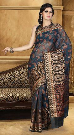 navy-blue-cotton-saree Beautiful Saree, Beautiful Dresses, Nice Dresses, Indian Dresses, Indian Outfits, Indian Bridal Fashion, Traditional Sarees, Saree Dress, Indian Attire