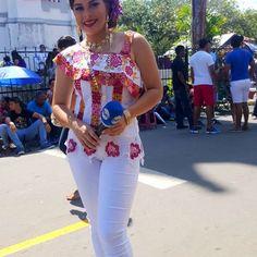 Desde La Villa de Los Santos!!! Ya inicia el desfile!!!