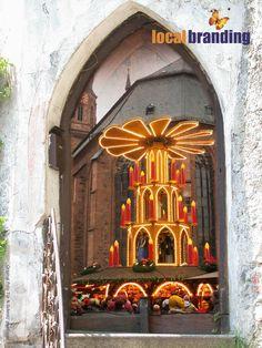 Heute schon das erste Türchen geöffnet?   - Weihnachtsmarkt in Heidelberg mit LocalBranding