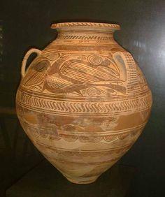 CERÁMICA -Es la principal actividad artesanal, beneficiada por el torno alfarero (introducido por griegos y fenicios) que permitió la fabricación en serie.