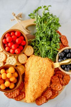 A cheese ball is the perfect appetizer for Easter brunch or dinner. A cheese ball is the perfect appetizer for Easter brunch or dinner. You can make it several days ahead and assemble Easter Appetizers, Appetizer Recipes, Recipes Dinner, Dip Recipes, Special Recipes, Easter Recipes, Holiday Recipes, Easter Treats, Easter Food