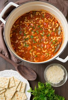 Warm up as temperatures drop down with this delicious Beef and Tomato Macaroni Soup. Recipe via @cookingclassy