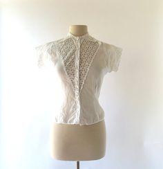 Vintage 1940s Blouse / White Lace Blouse / 40s Blouse / Small S