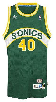 0a28a1f0193 Amazon.com   Shawn Kemp Seattle Supersonics Adidas NBA Throwback Swingman  Jersey - Green   Sports Fan Jerseys   Sports   Outdoors