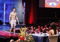 Drew Kenney in a Swimsuit in The Bachelorette Season 9, Episode 4