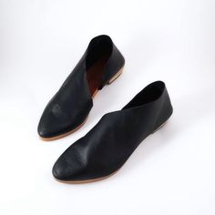 Smooth Black Flats with Asymmetrical Cut Outs