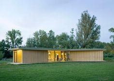 "GAAGA's ""three-legged"" tea house has prefabricated walls"