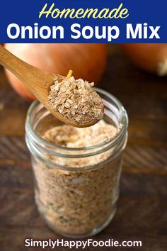 Homemade Onion Soup Mix is a convenient pantry staple to have on hand. Dry onion soup mix adds lots of flavor to recipes like pot roasts, soups, dips, rice, and many others. You can make your own onion soup mix from scratch, and control the amount of salt and unwanted ingredients. Dry onion soup mix recipe by simplyhappyfoodie.com #homemadeonionsoupmix #onionsoupmixrecipefromscratch