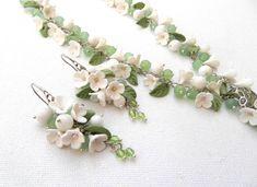 Light green jewelry  Flower jewelry  Handmade by insoujewelry, $75.00