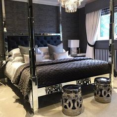 This is just stunning. Bedroom goals #furniture #furnitureporn #furnituredesign #furnitureshopping #instagood #instacool #picoftheday #interiordesign #design #interiordesigner #interiors #shabbystore #shabbychicstyle #modern #decor #home #house #renovation #renovate #homestyle #ho