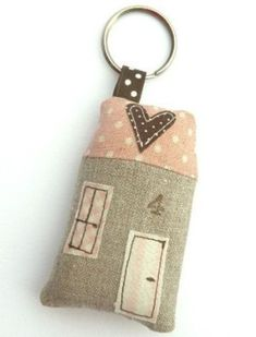 house holder key. A lot of diferent posibility with colors, disagn.....