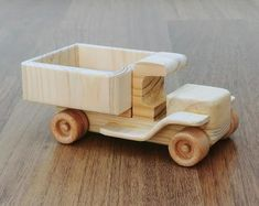 Wendy the vintage car - old style wooden toy pickup truck, natural finish, for kids and toy collectors Wooden Toy Trucks, Wooden Car, Toy Pickup Trucks, Making Wooden Toys, Diy Wooden Projects, Homemade Toys, Toy Collector, Vintage Trucks, Wood Toys