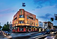 Standing proudly on the corner of Oxford Street and Jersey Road, The Light Brigade Hotel is an iconic art deco Paddington Woollahra pub. Sydney New South Wales, Best Pubs, Oxford Street, Architecture Design, Art Deco, Street View, Restaurant, Lighting, Places