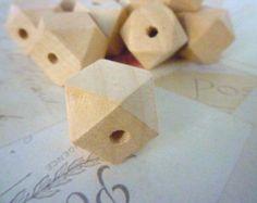 Perles en bois géométriques - naturel - 20mm - Pack de 10