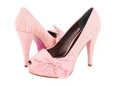 La Isla de las Muñecas: Paris Hilton y sus zapatos.
