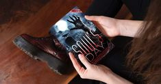Fantasy Authors, Halloween Themes, Mansion, Crime, Mystery, Novels, Writing, Books, Libros