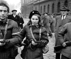 Erika, a girl, a Hungarian Freedom Fighter, carries a machine gun in Budapest during the revolution, she was eventually shot by the Soviets (via chaplinnn) Military Women, Military History, Famous Photos, Freedom Fighters, Badass Women, The Past, People, Budapest Hungary, Cold War