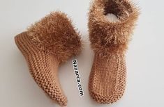Socialite-Home-Booties - Socken Knit Boots, Bootie Boots, Crochet Motifs, Crochet Patterns, Knitting Socks, Baby Knitting, Knitted Baby Clothes, Silk Art, Sunflower Tattoo Design