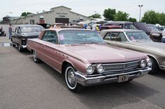 62 Buick Electra 225 on Flickr. Car Crazy: a blog for less typical collectible vehicles http://dvs1mn.tumblr.com/