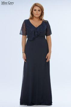 Update your special occasion wardrobe with our navy Claudia maxi dress. Short Sleeve Dresses, Dresses With Sleeves, Plus Size, Special Occasion, Cold Shoulder Dress, Chiffon, Navy, Floral, Fashion