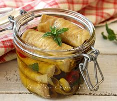 Antipasto, Almond Paste Cookies, Romanian Food, Veggie Recipes, Finger Foods, Preserves, Pesto, Italian Recipes, Carne