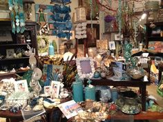 Villa Cucina Home & Kitchen Store is located in San Clemente, CA  and it's minutes from the San Clemente Beach.      http://www.facebook.com/VillaCucinaHomeAndKitchenStore