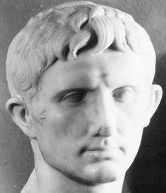 Ritratto di Ottaviano; seconda metà I secolo (30-20) a.C.; marmo; Musei Capitolini, Roma.