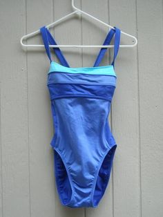 Sesse Bright Blue Swimsuit Size 6 Free Shipping Price:US $17.99