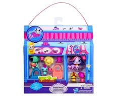 New Littlest Pet Shop Trendy Shopping Sweeties Playset with LPS Zoe Trent Spaniel http://www.bonanza.com/booths/TweetToyShop