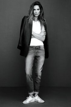 California-based brand FRAME Denim asked Erin Wasson to model their spring campaign and she totally nailed down that sexy tomboy look. Erin Wasson, Normcore, Look Fashion, Fashion Models, Swag Fashion, Denim Fashion, Fashion Pants, Fashion Beauty, Vetements Shoes