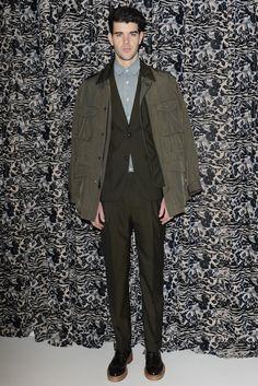 Marc Jacobs Men's RTW Fall 2014 - Slideshow - Runway, Fashion Week, Fashion Shows, Reviews and Fashion Images - WWD.com