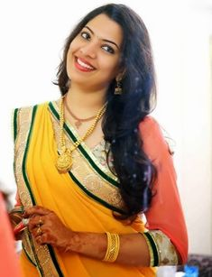 Singer Geetha Madhuri Biography – Wiki, Age, DOB, Height, Family Etc Indian Actress Hot Pics, Most Beautiful Indian Actress, Indian Actresses, Beautiful Ladies, Indian Jewellery Design, Jewellery Designs, Punjabi Dress, Bride Poses, India People