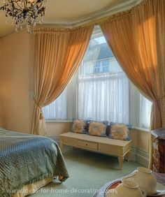 Bay Window Treatment Ideas | ... how you can use all sorts of ideas for your bay window treatments