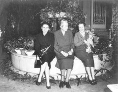 Dulce María Loynaz - Biblioteca de imágenes