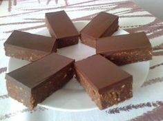 Ma készítettem el egy újabb adagot, nem győzöm gyártani a gyereknek… Hungarian Desserts, Hungarian Recipes, No Bake Desserts, Easy Desserts, Dessert Recipes, Easy Sweets, Healthy Cake, Homemade Chocolate, Cake Cookies