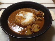 No.120 鳥キノコ豆根菜トマトスープに先日の鳥軟骨団子スープを足して、カレーに。 #トマト強めなのでハヤシに近い笑