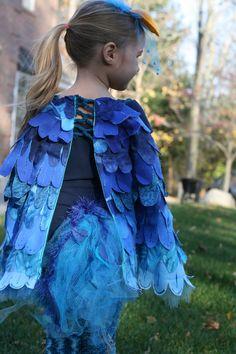 ideas blue bird costume kids for 2019 Bird Costume Kids, Parrot Costume, Halloween Fairy, Holidays Halloween, Halloween Costumes, King Costume, Alice Costume, Love Bird Tattoo Couples, Wedding Silhouette