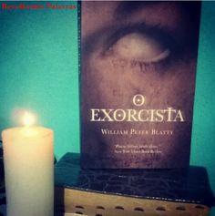Lido em Outubro  ♥♥♥♥♥ http://recolhendopalavras.blogspot.com.br/2016/10/resenha-o-exorcista.html
