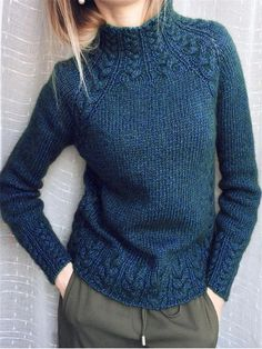 Style Hot F/W Solid Knitted Long Sleeves Sweaters - shopingnova History of Knitting String spinning, weaving and stitching careers suc. Green Turtleneck, Turtleneck Style, Knitting Terms, Knitting Patterns, Knitting Wool, Vintage Sweaters, Vintage Shirts, Knit Sweaters, Vintage Tops